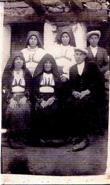 Ollolai. Fam. Maccioni Giuseppe -1925 circa - Privata