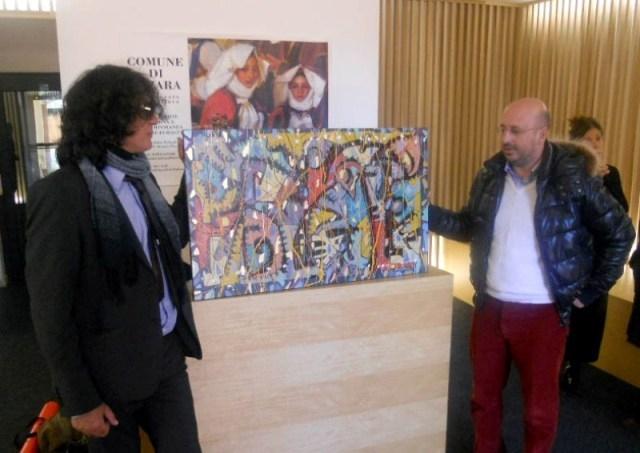 Megian con il sindaco di Atzara Walter Flore. F. G. Bartolomeo.