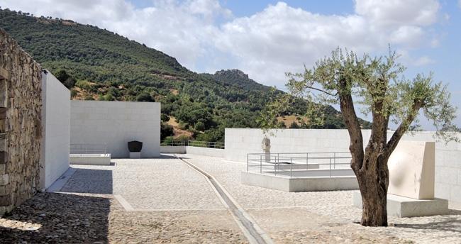 esterno museo Nivola