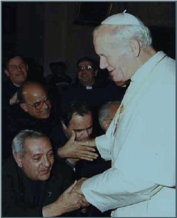 don Falconi con Papa Giovanni Paolo II