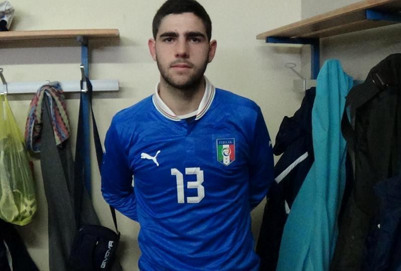 Giuseppe Sedilesu con la maglia della nazionale