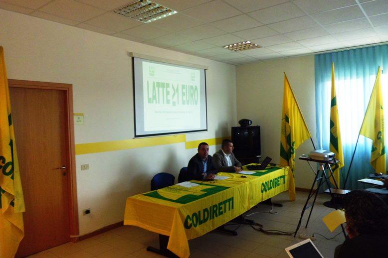 Il presidente e il direttore di Coldiretti Battista Cualbu e Luca Saba oggi durante la conferenza stampa