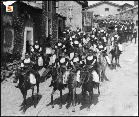 La festa dei Martiri (Foto Piero Pirari, primi del '900)