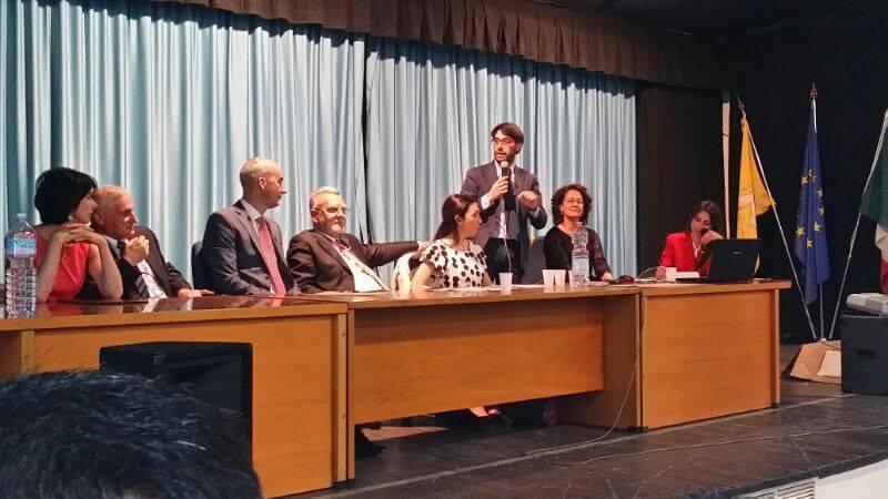Giacomo D'arrigo, direttore dell'agenzia nazionale giovani (in piedi terzo dalla destra)