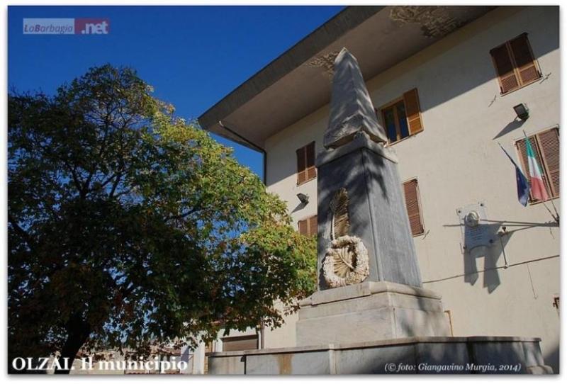 Il Municipio di Olzai (F. G. Murgia)