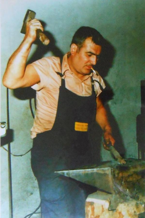 Artigiano di Orani (immagine tratta dal libro di Angelino Mereu