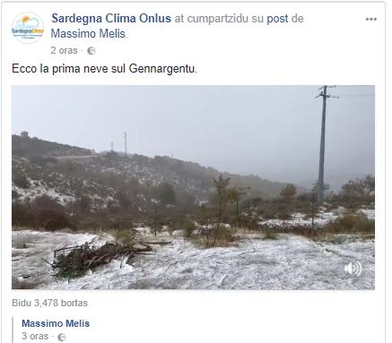 Screen dalla pagina facebook Sardegna Clima Onlus dove sono state condivise le immagini della neve del Gennargentu