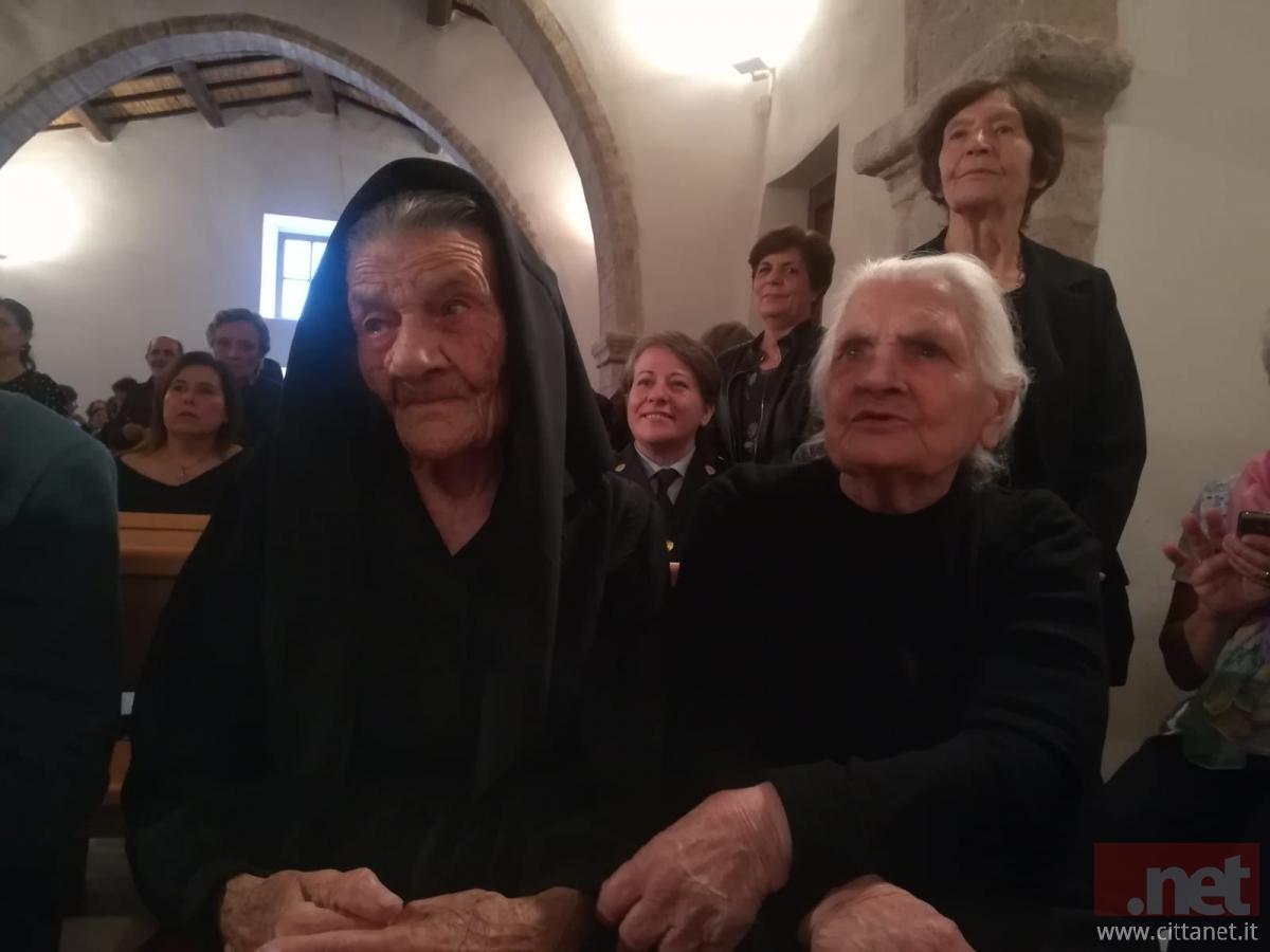 A sinistra Maria Barbara Puddu